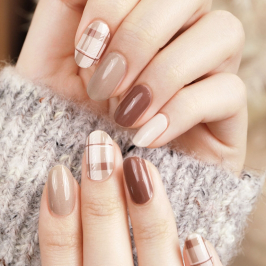 Picture of GELATO FACTORY   Gel Nail Sticker Hotto Basic #Deep Brown Check